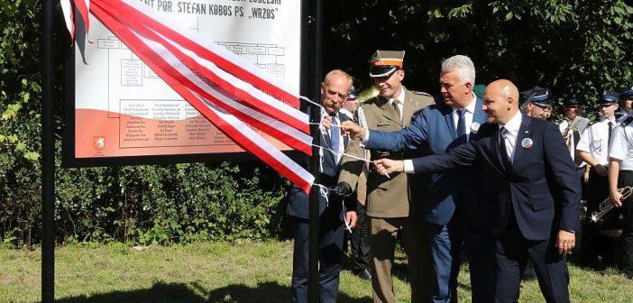 Obchody 76. rocznicy obrony Brzezin